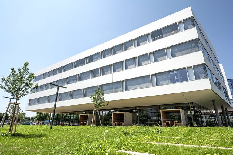 View of the certificated new building of the Campus St. Pölten